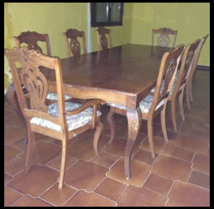 Salle manger table et chaises djibouti for Chaise de table a manger