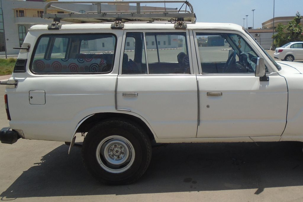TOYAOTA LAND CRUISER