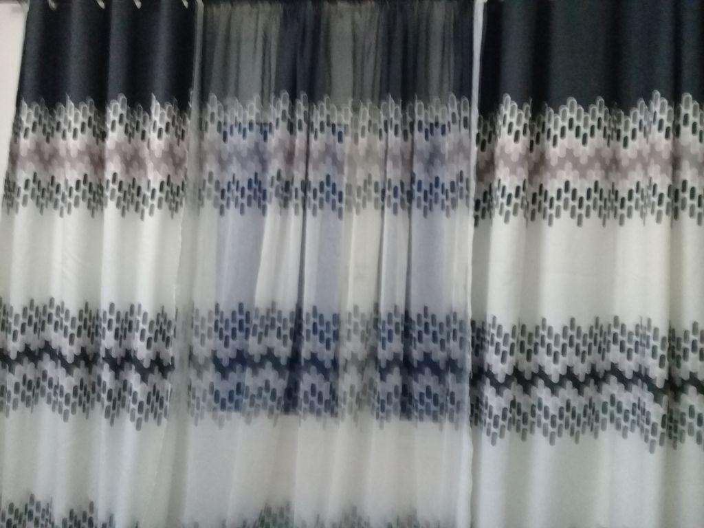 rideau de 10 m pour 2 fenêtres
