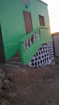 Maison f3 pk12 prés de la route