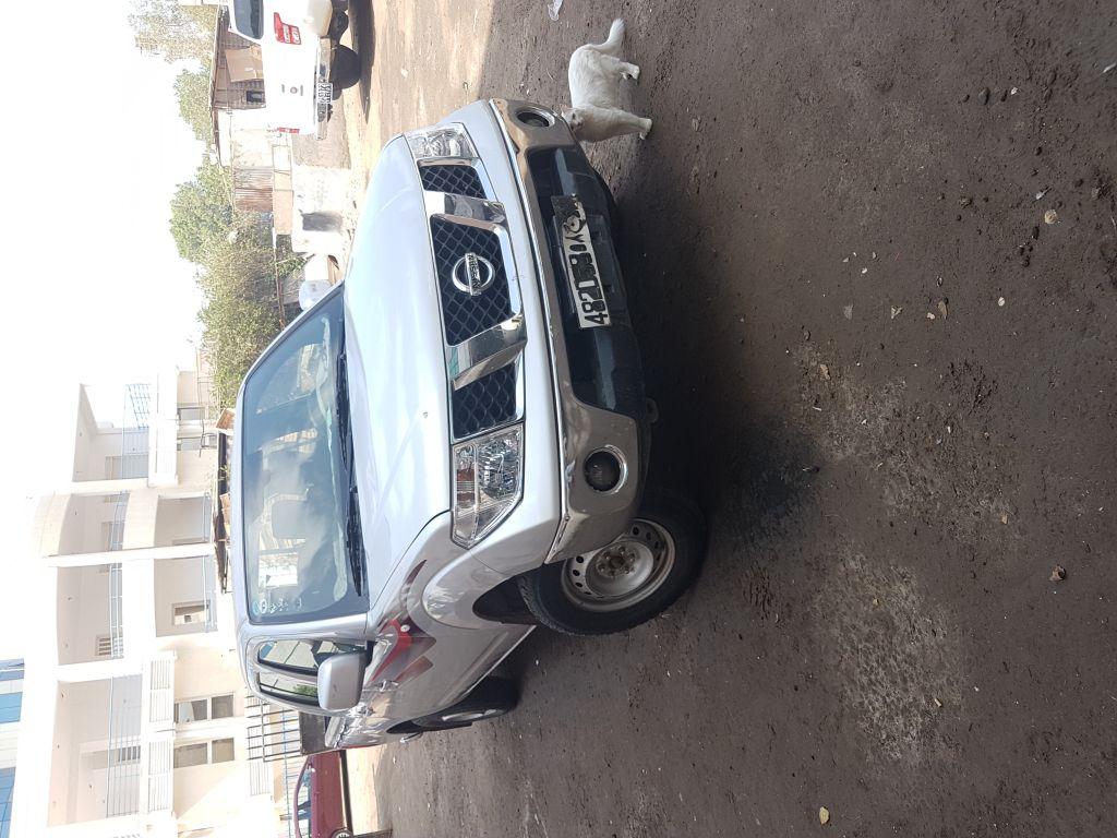 Nissan navara in good condition