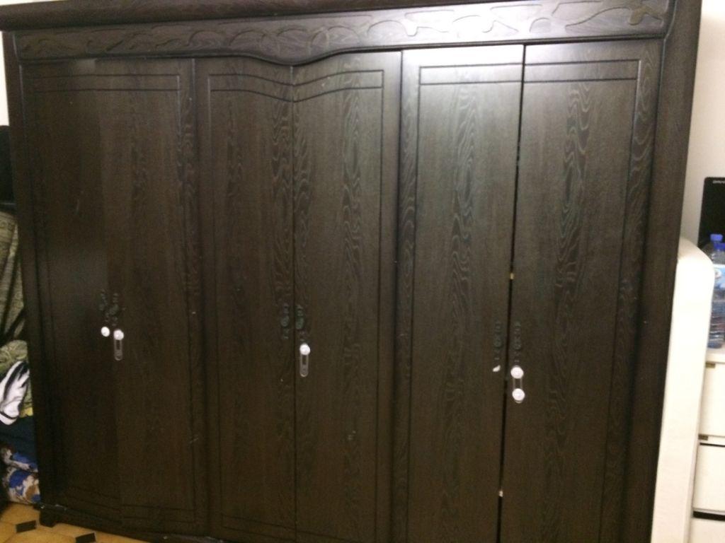 armoire 6 portes djibouti. Black Bedroom Furniture Sets. Home Design Ideas