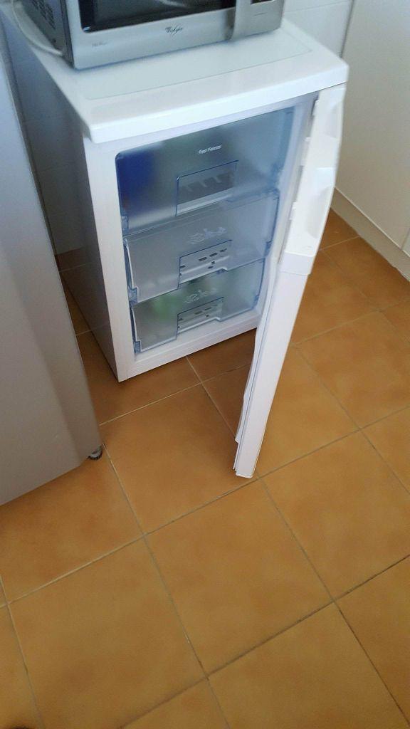Cong lateur neuf acheter en france djibouti for Acheter un maison en france