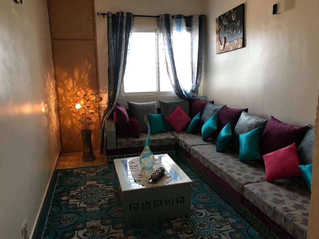 salon l en bon tat djibouti. Black Bedroom Furniture Sets. Home Design Ideas