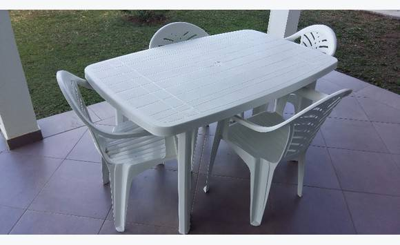 4 Chaises Avec Table Ses Table thQdCsrx