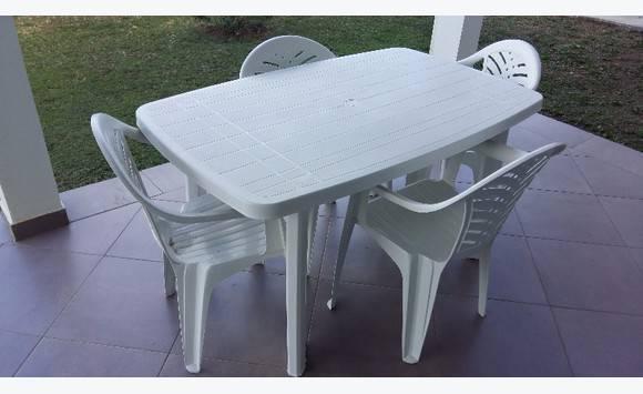 Table 4 Avec Ses Avec Chaises Table EI2YebHWD9