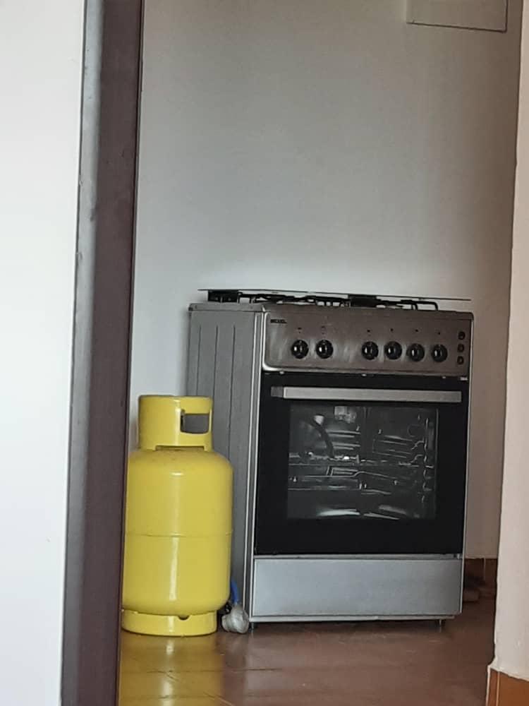 Cuisinière avec bouteille à gaz à Djibouti